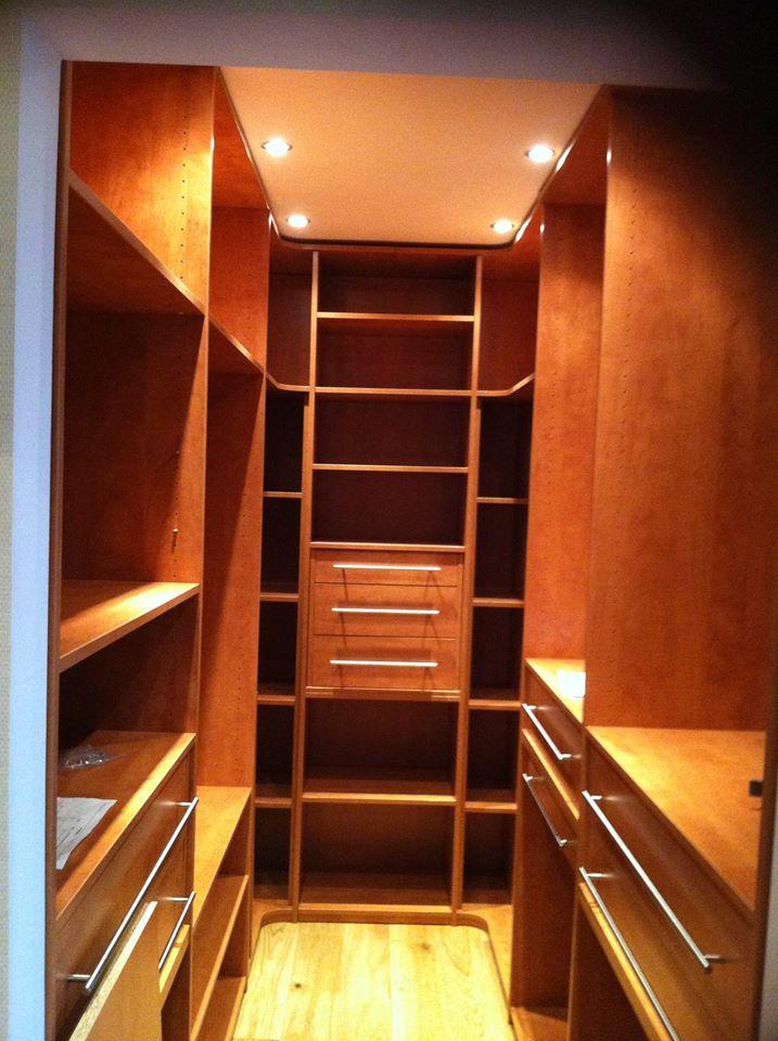Dressing - Plaf'déco spécialiste de l'isolation, plafond suspendu, platrerie, menuiseries, dressing, placards